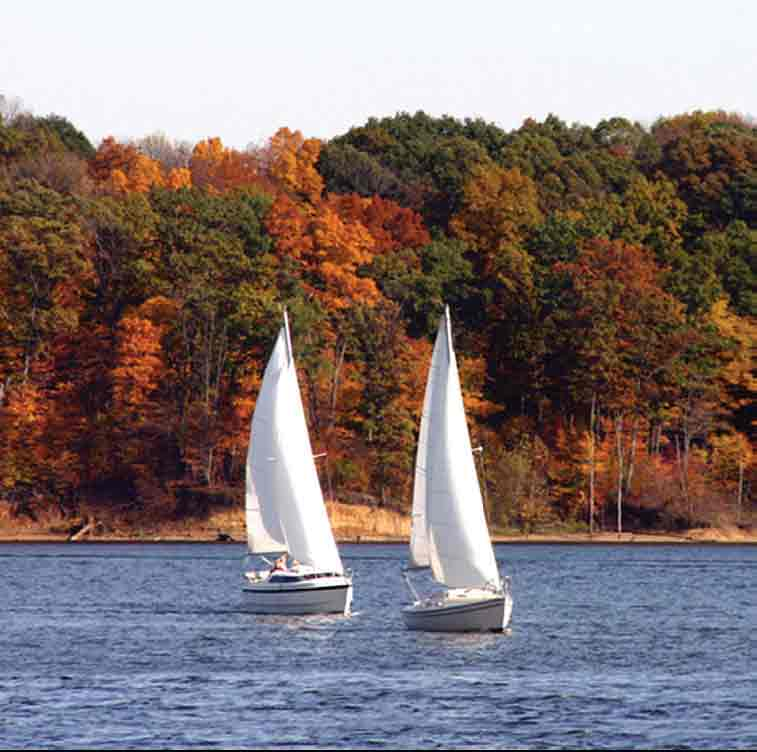 Hudson River Cruises Kingston Ny: 9 ADVENTUROUS WAYS TO VIEW THE FALL COLORS