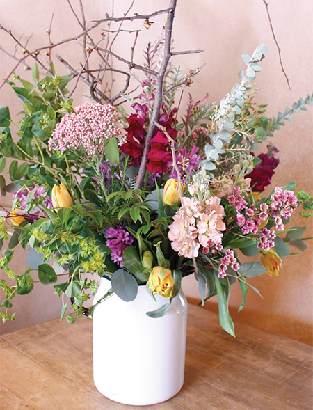 Spring 2018 diy spring flower arrangement for some gorgeous seasonal flowers twilight acres homegrown grows and sells a vast amount of spring blooms for you to choose from mightylinksfo