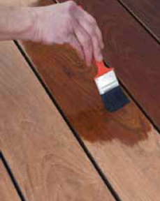 HOME: Summer DIY Project- Staining your Deck | VISITvortex | MAGAZINE | ARTICLES