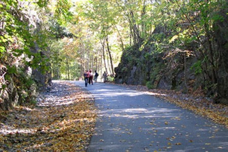 Hudson Valley Rail Trail to Walkway