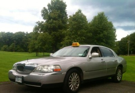 Rhinebeck Taxi Cabs 845-235-4040