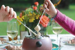 Hudson Valley Cheese Fondue